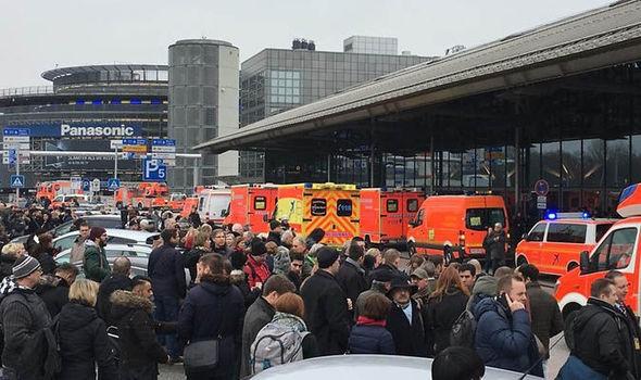 Hơn 50 người bị thương tại sân bay Hamburg vì chất lạ - ảnh 1