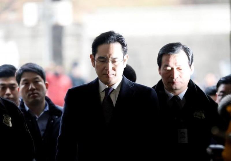 Thái tử Samsung lại bị triệu tập thẩm vấn - ảnh 1