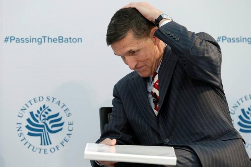 Cố vấn an ninh quốc gia Mỹ bất ngờ từ chức vì bê bối - ảnh 1