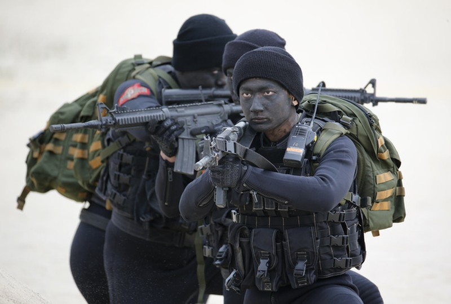 Mỹ đưa thủy quân lục chiến bảo vệ cơ quan tại Đài Loan - ảnh 2