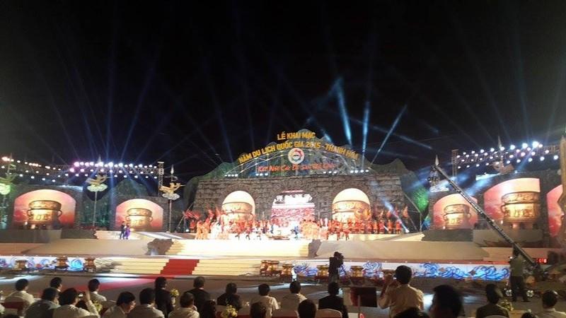 Hoành tráng lễ khai mạc Năm du lịch quốc gia 2015 - Thanh Hóa - ảnh 4