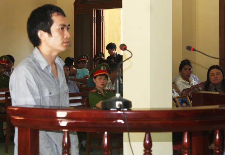 Vụ đánh chết nghi can: Cựu công an tố bị sửa lời khai - ảnh 1