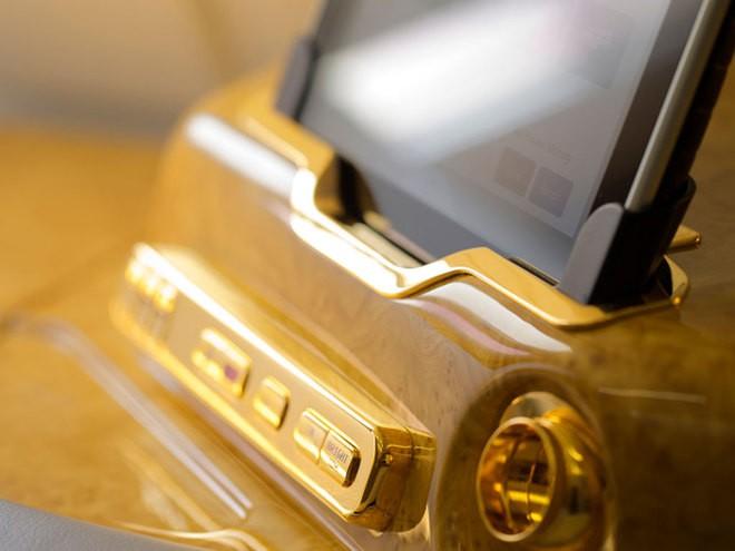 Khoang hạng nhất dát vàng trên máy bay Emirates - ảnh 4