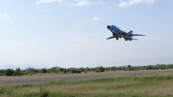 Hé lộ nhiệm vụ của phi công cường kích Su 22M4 - ảnh 2
