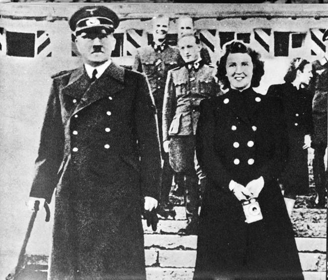 Tiết lộ những giờ phút cuối cùng của trùm phátxít Adolf Hitler - ảnh 2