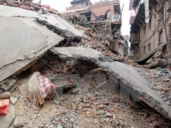 Ác mộng động đất ở Nepal: Số người chết đã lên tới 2.340 người! - ảnh 1