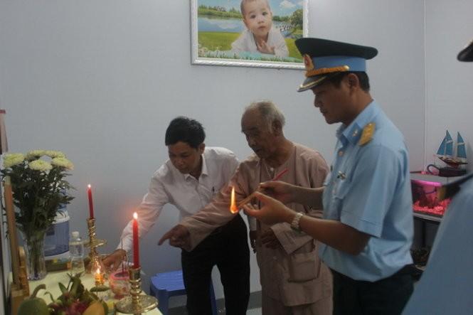 Truy thăng quân hàm đối với 2 phi công tử nạn trong vụ máy bay Su-22 - ảnh 2