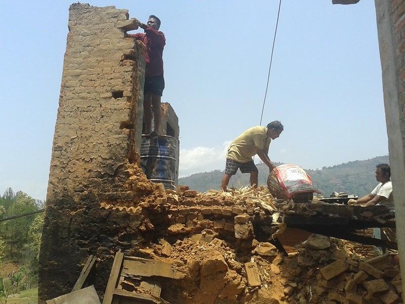 Ở nơi nhiều người chết nhất Nepal - ảnh 12