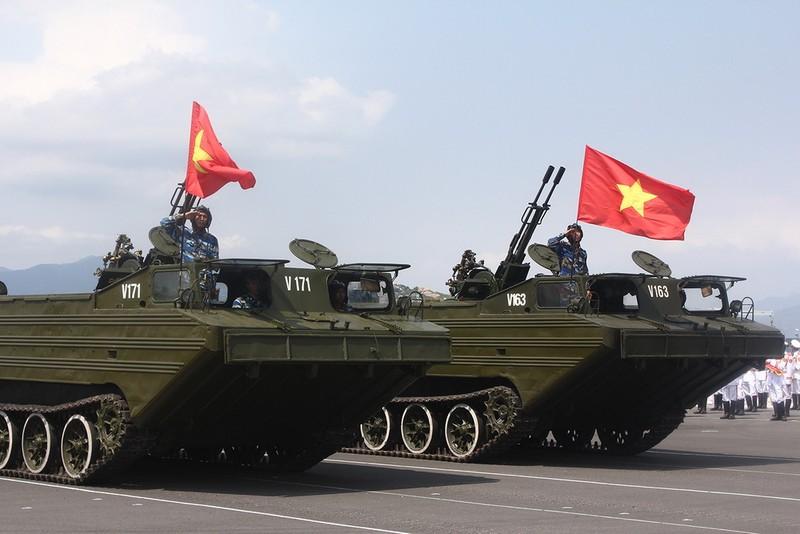 Hải quân Việt Nam hùng mạnh để bảo vệ đất nước  - ảnh 3