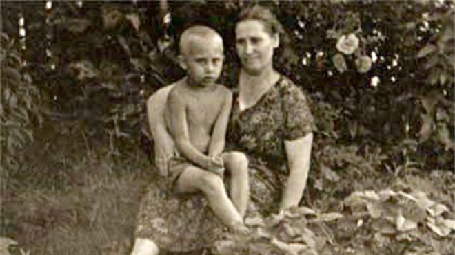 Ông Putin kể về Chiến tranh Vệ quốc: 'Mẹ tôi nằm giữa các xác chết' - ảnh 1