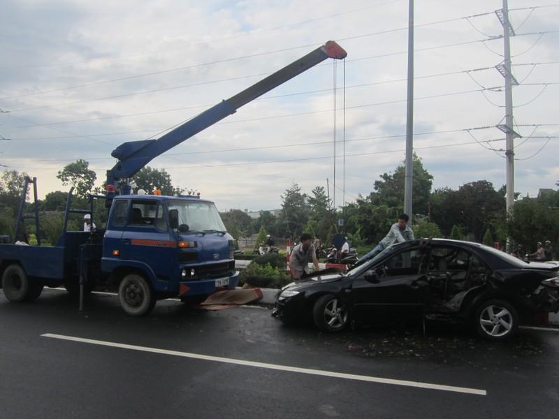 Tự gây tai nạn, tài xế ô tô tử vong tại chỗ - ảnh 3