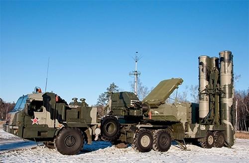 Nga hé lộ khả năng đáng kinh ngạc của tổ hợp S-400 - ảnh 2