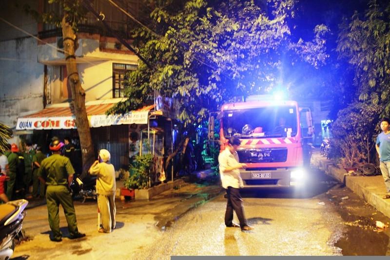 Cháy khách sạn ở cư xá Lữ Gia, hai khách Trung Quốc bị ngạt khói - ảnh 2