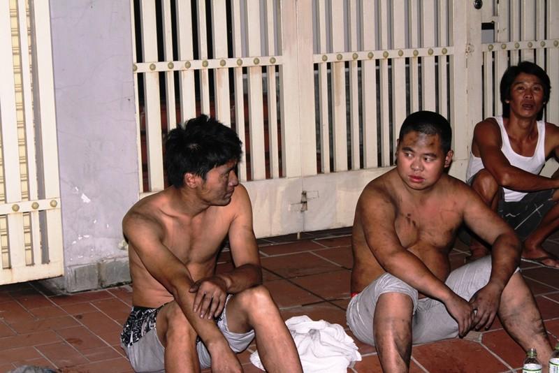 Cháy khách sạn ở cư xá Lữ Gia, hai khách Trung Quốc bị ngạt khói - ảnh 3
