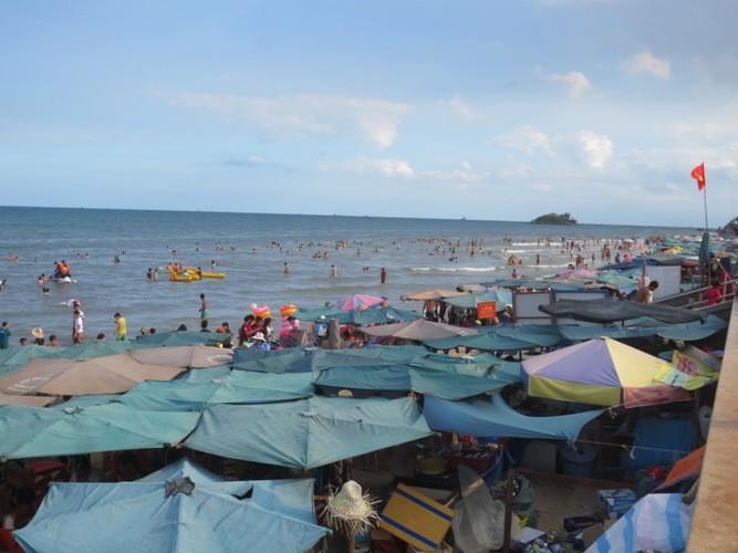 Hơn 130 ngàn lượt du khách đến Vũng Tàu trong dịp lễ 2-9 - ảnh 1