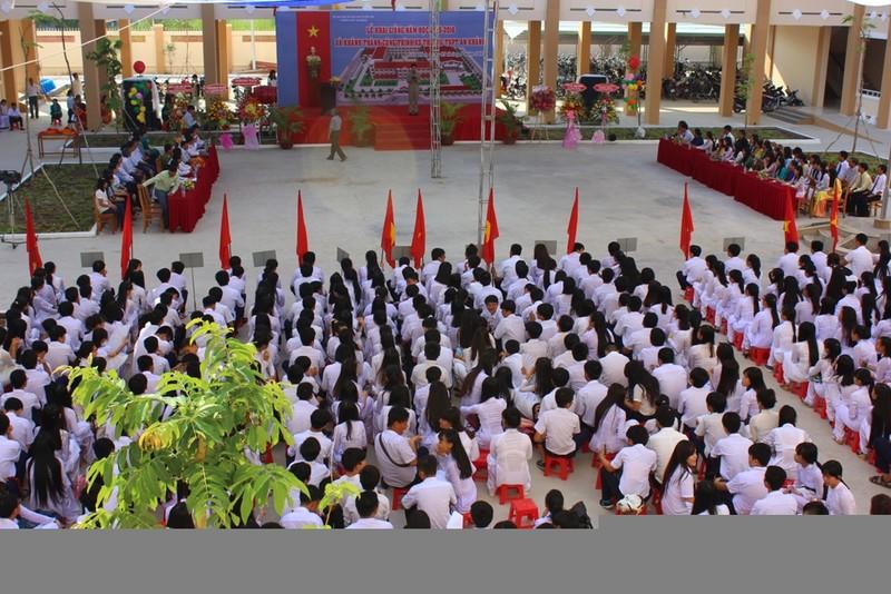 Lễ khai giảng ở ngôi trường chỉ toàn học sinh lớp 10 - ảnh 4