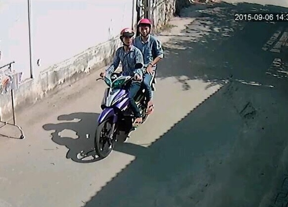 Đi ăn trộm, bị camera xóm trọ ghi lại rõ mồn một - ảnh 2