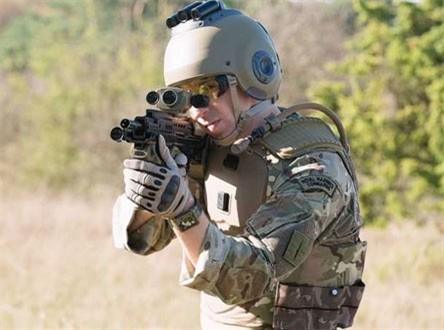Trang thiết bị chiến đấu siêu hiện đại của binh sĩ Anh trong tương lai - ảnh 1