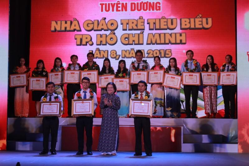TP.HCM vinh danh 179 nhà giáo trẻ tiêu biểu - ảnh 2