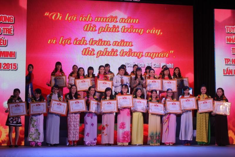 TP.HCM vinh danh 179 nhà giáo trẻ tiêu biểu - ảnh 1