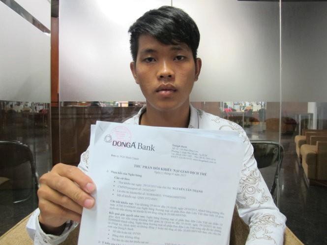 Anh Nguyễn Tấn Thạnh, chủ thẻ ATM của Ngân hàng (NH) Đông Á