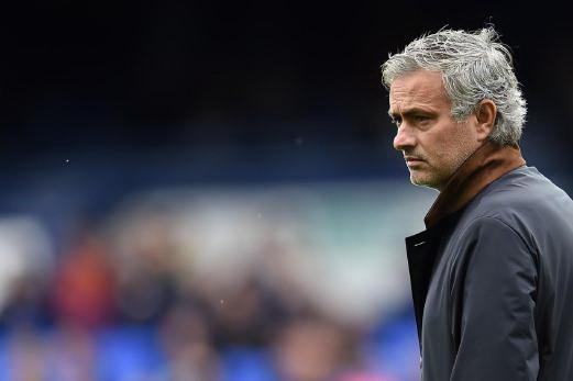 Sốc: Mourinho gửi đơn xin việc MU dài sáu trang - ảnh 1