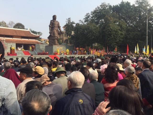 Hàng nghìn người dân tham dự lễ hội Gò Đống Đa - ảnh 2