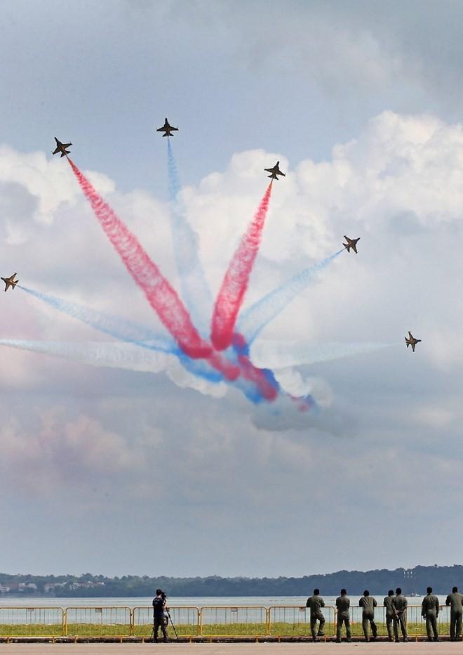 Những chiến đấu cơ nổi bật nhất tại Singapore Airshow - ảnh 8