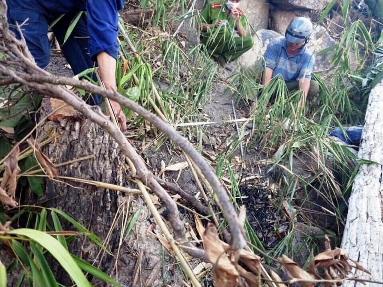 Phát hiện thi thể bị phân hủy chỉ còn bộ xương ở dốc Chó Ngáp - ảnh 1