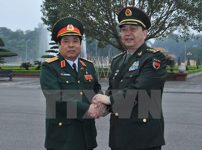 Bộ trưởng Quốc phòng Việt-Trung trao đổi về tranh chấp trên biển Đông - ảnh 1