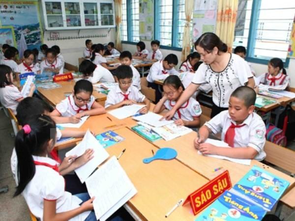Tân Bộ trưởng Phùng Xuân Nhạ: 'Giáo dục không phải là một trận đánh' - ảnh 2