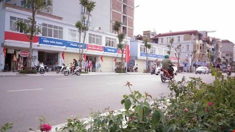 Quận Thanh Xuân nói gì về biển hiệu 'đồng phục xanh đỏ' ở phố kiểu mẫu? - ảnh 4