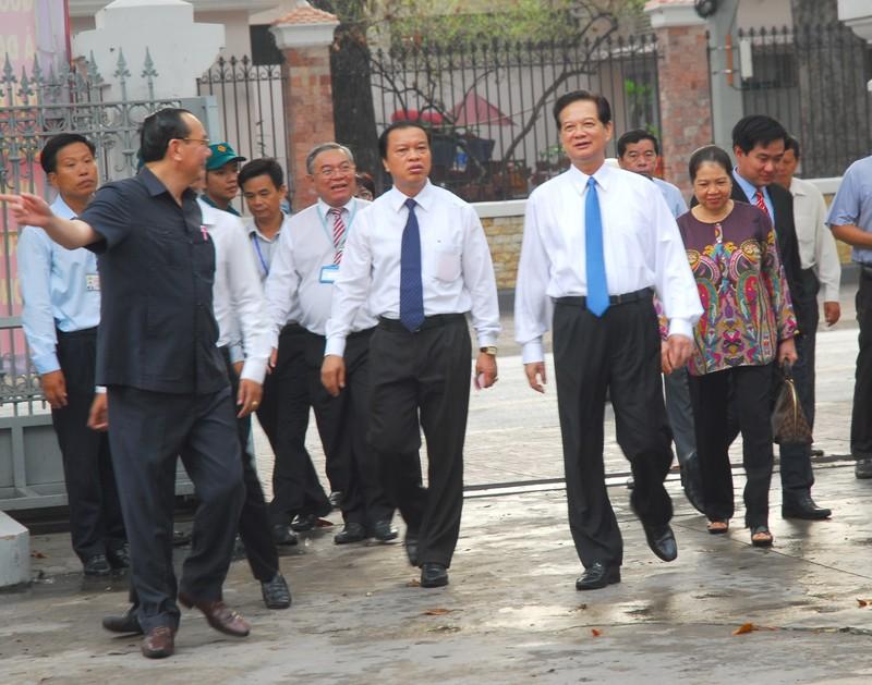 Ông Trương Tấn Sang, ông Nguyễn Tấn Dũng đi bầu cử ở TP.HCM - ảnh 3