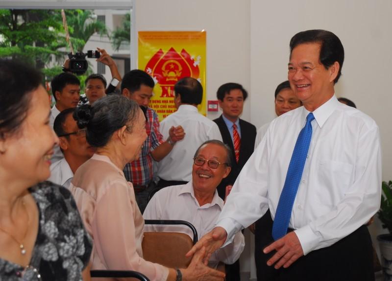 Ông Trương Tấn Sang, ông Nguyễn Tấn Dũng đi bầu cử ở TP.HCM - ảnh 4