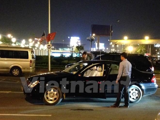 Chuyên cơ chở Tổng thống Obama đã đáp xuống sân bay Nội Bài - ảnh 11