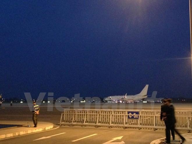 Chuyên cơ chở Tổng thống Obama đã đáp xuống sân bay Nội Bài - ảnh 13