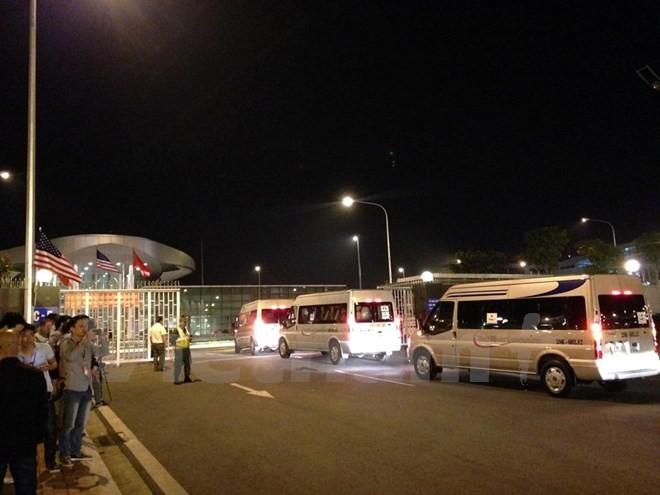 Chuyên cơ chở Tổng thống Obama đã đáp xuống sân bay Nội Bài - ảnh 18
