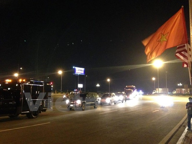 Chuyên cơ chở Tổng thống Obama đã đáp xuống sân bay Nội Bài - ảnh 19