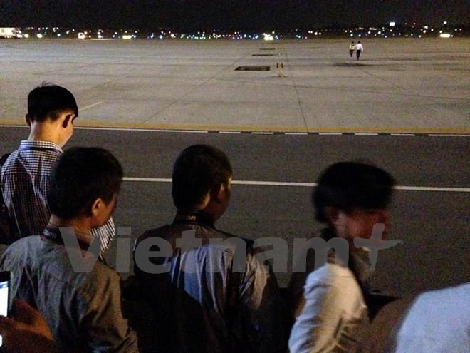 Chuyên cơ chở Tổng thống Obama đã đáp xuống sân bay Nội Bài - ảnh 7