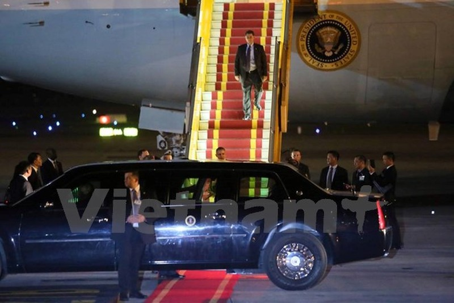 Chuyên cơ chở Tổng thống Obama đã đáp xuống sân bay Nội Bài - ảnh 6