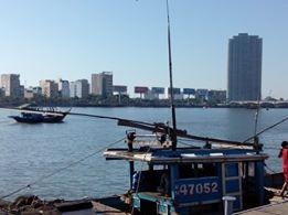 Sáng nay, khẩn cấp tìm kiếm 3 nạn nhân mất tích trong vụ chìm tàu du lịch - ảnh 16