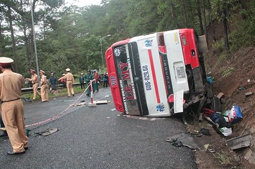 Kinh hoàng: 2 xe khách tông nhau trên đèo Prenn, 7 người chết - ảnh 8