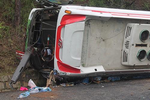 Kinh hoàng: 2 xe khách tông nhau trên đèo Prenn, 7 người chết - ảnh 9