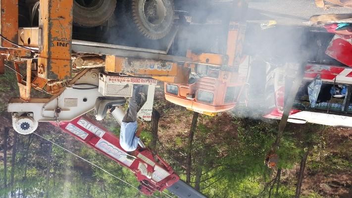 Kinh hoàng: 2 xe khách tông nhau trên đèo Prenn, 7 người chết - ảnh 2