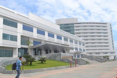 Chuyển cơ quan điều tra vụ giám đốc BV Ung thư trả lại trên 37 tỉ đồng - ảnh 1