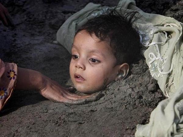Hơn 100 em bé bị 'chôn sống' để làm vật hiến tế  - ảnh 2