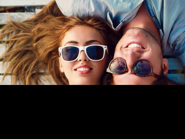 Vì sao các đôi hạnh phúc ít chia sẻ trên mạng xã hội - ảnh 2