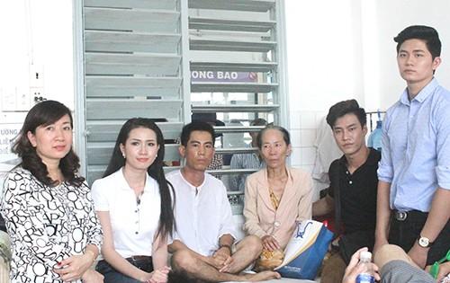 Phan Thị Mơ 'tiếp sức' cho người cha bệnh tim nuôi con bệnh ung thư - ảnh 1