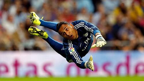 Thủ thành Real Madrid: kẻ tính đào tẩu thành kỷ lục gia - ảnh 1