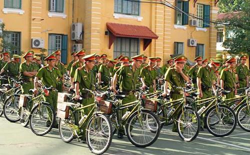 Cảnh sát khu vực Huế sẽ tuần tra bằng xe đạp - ảnh 1